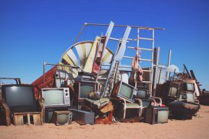 old-tvs-for-skip-bin-scaled-blog-ms
